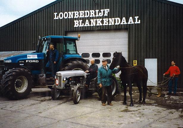 Loonbedrijf Blankendaal vroeger